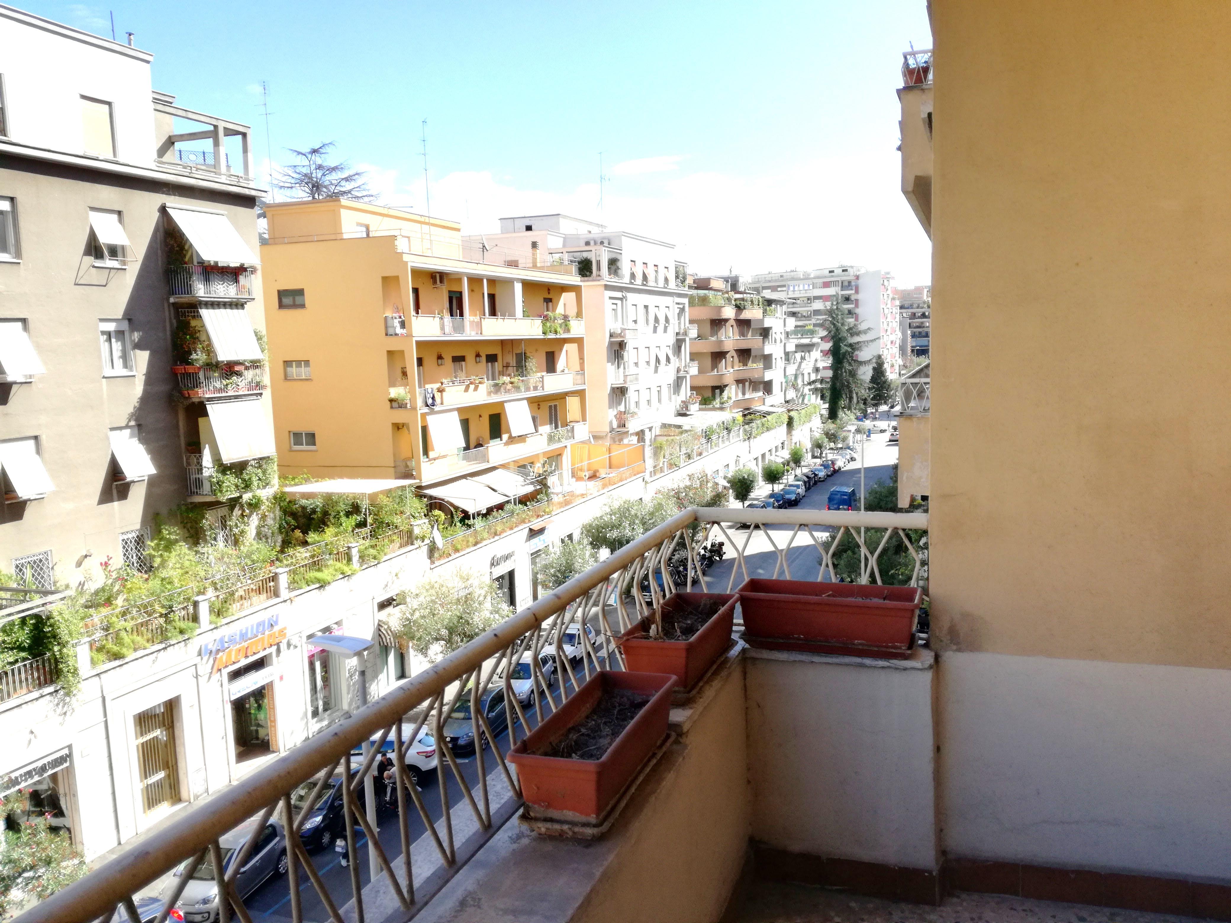 Appartamento via Nemorense