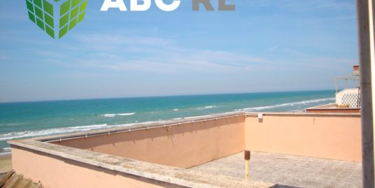 Attico fronte mare Ardea